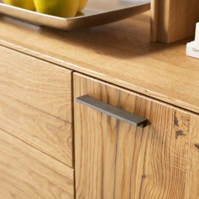 Puro Lowboard - Detail Griff Schwarzblech