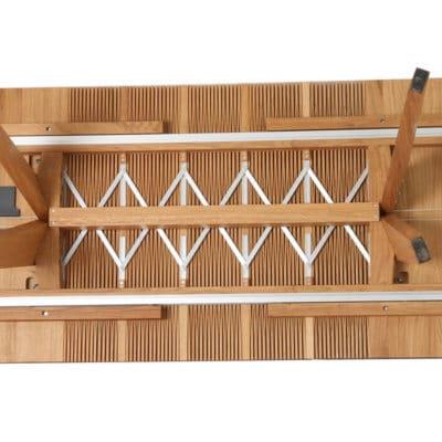 Auszugsmechanismus vom verlängerbaren Massivholztisch Lignum Arts T 03